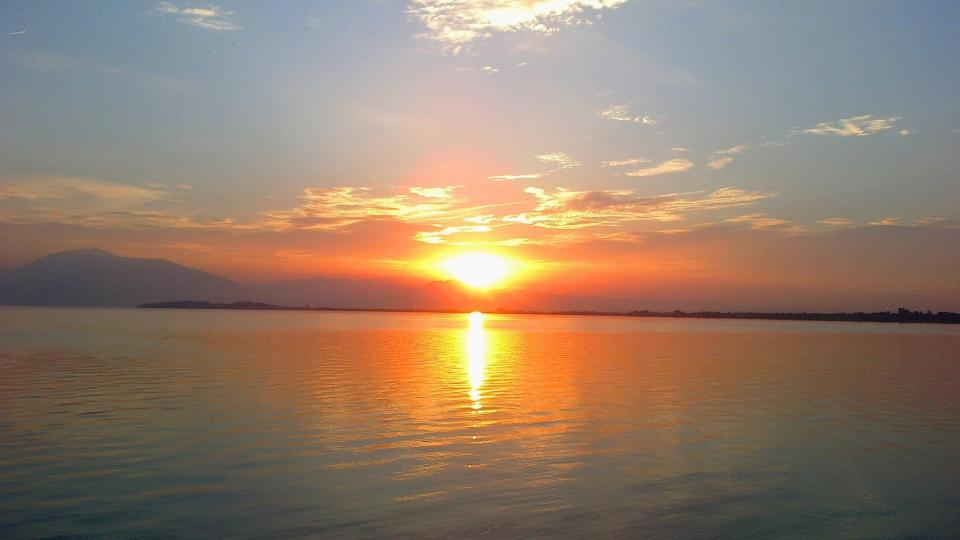 🇮🇹 Sunrise at Lago di Garda